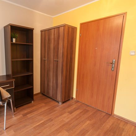 Rent this 4 bed room on Wojciecha Cybulskiego 24 in 50-205 Wroclaw, Poland