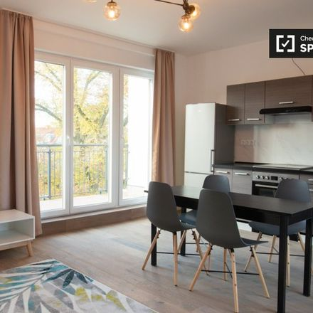 Rent this 1 bed apartment on Hildburghauser Straße 191a in 12209 Berlin, Germany