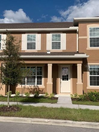 Rent this 3 bed townhouse on Randall St in Orlando, FL