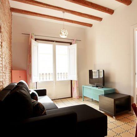 Rent this 2 bed apartment on Kasparo in Plaça de Vicenç Martorell, 08001 Barcelona