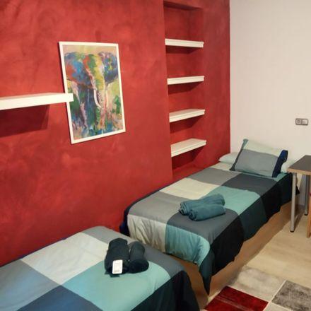 Rent this 3 bed room on Calle Virgen de Valvanera in 41018 Seville, Spain