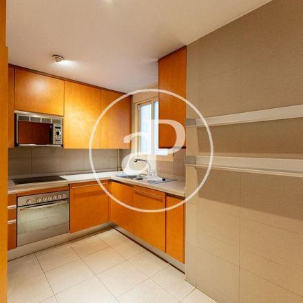 Rent this 4 bed apartment on Fuentes gemelas in Puerta del Sol, 28013 Madrid
