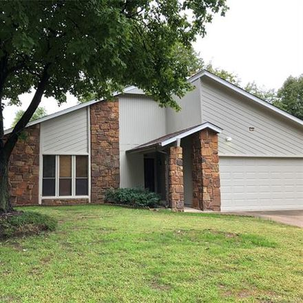 Rent this 3 bed house on 1562 East 68th Street in Tulsa, OK 74136