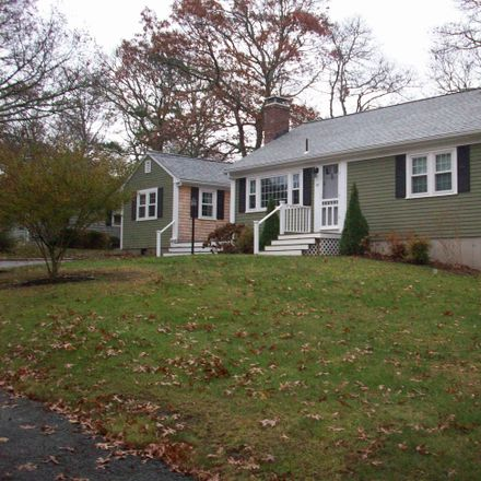 Rent this 3 bed house on 17 Hamden Circle in Barnstable, MA 02601