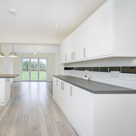 Rent this 3 bed house on Green Lane in Epping Forest EN10 6RT, United Kingdom