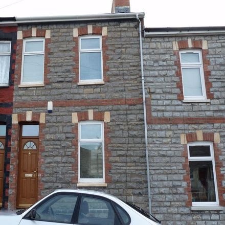 Rent this 3 bed house on Coronation Terrace in Penarth CF64 1HN, United Kingdom