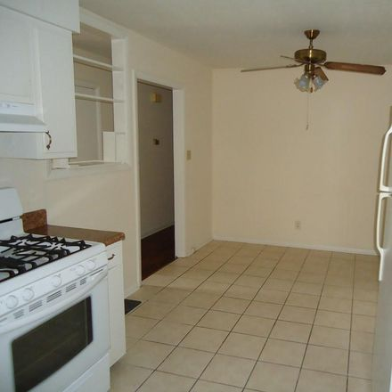 Rent this 3 bed house on 5071 Chesapeake Road in Fayetteville, NC 28311