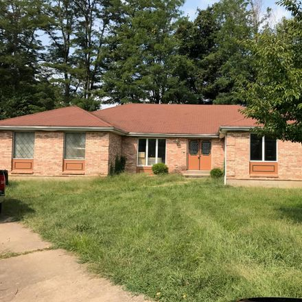 Rent this 4 bed house on Northport Dr in Florissant, MO