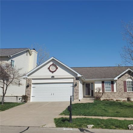 Rent this 3 bed house on 5536 Providence Place Drive in Oakville, MO 63129