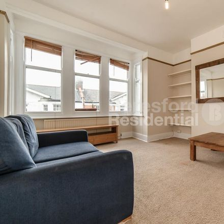 Rent this 2 bed apartment on Dumbarton Road in London SW2 5LX, United Kingdom