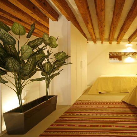 Rent this 3 bed apartment on Casa García in Calle de Atocha, 14