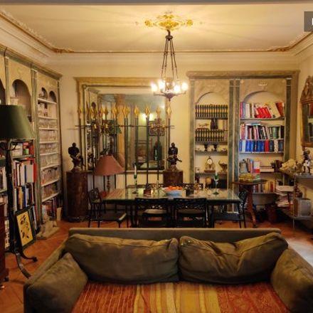 Rent this 3 bed apartment on Paris in Quartier Les Îles, ÎLE-DE-FRANCE