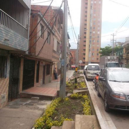 Rent this 1 bed apartment on Calle 51 in Comuna 10 - La Candelaria, 0500 Medellín