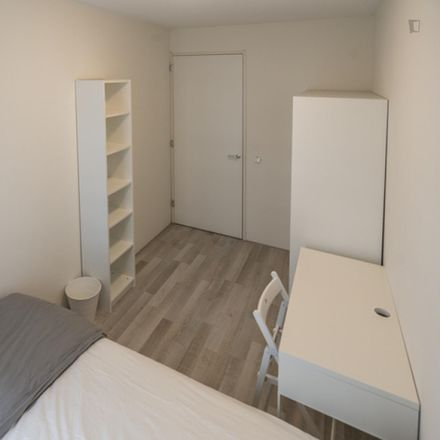 Rent this 5 bed room on Carnapstraat 220 in 1062 KT Amsterdam, Netherlands