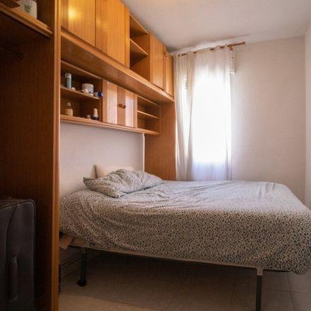 Rent this 4 bed room on Gran Vía de Villaverde in 28001 Madrid, Spain