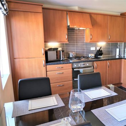 Rent this 3 bed house on Cae Canol in Cog CF64 3RF, United Kingdom