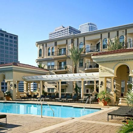 Rent this 1 bed apartment on Grocery Outlet in South Bixel Street, Los Angeles