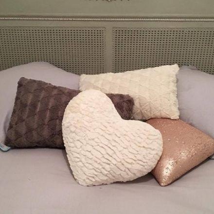 Rent this 2 bed room on 21 Boulevard Joseph Garnier in 06100 Nice, France