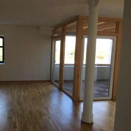 Rent this 4 bed apartment on Merseburger Straße 73b in 06112 Halle (Saale), Germany