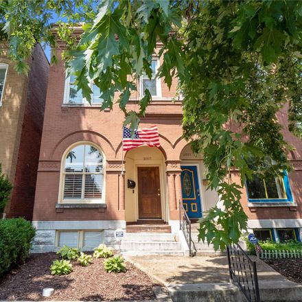 Rent this 2 bed house on 2005-2007 Geyer Avenue in Saint Louis, MO 63104