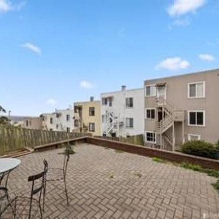 Rent this 2 bed condo on 546;548 43rd Avenue in San Francisco, CA 94121-1545