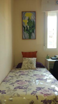 Rent this 0 bed room on Bar Maype in Calle Valderrodrigo, 28001 Madrid