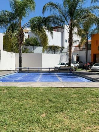 Rent this 2 bed apartment on Boulevard Universitario in Delegaciön Santa Rosa Jáuregui, 76100 Juriquilla