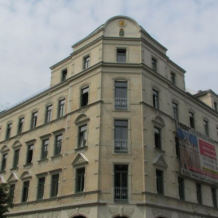 Rent this 2 bed apartment on Lessingplatz 4 in 09130 Chemnitz, Germany