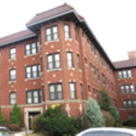 Rent this 2 bed apartment on 2117 E 68th St in Chicago, IL 60649