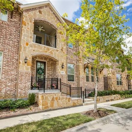 Rent this 3 bed townhouse on Gramercy Park Drive in Flower Mound, TX 75028
