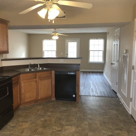 Rent this 3 bed house on 3844 Chippewa Place in Murfreesboro, TN 37128