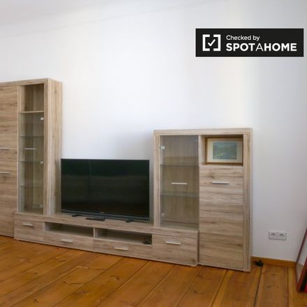Rent this 1 bed apartment on Staakener Straße 5 in 13583 Berlin, Germany