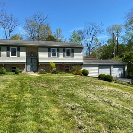 Rent this 3 bed house on 734 Shady Hollow Lane in Top-of-the-Ridge, OH 45150