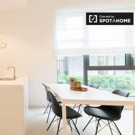 Rent this 1 bed apartment on Rue de la Concorde - Eendrachtsstraat 4 in 1000 Ixelles - Elsene, Belgium