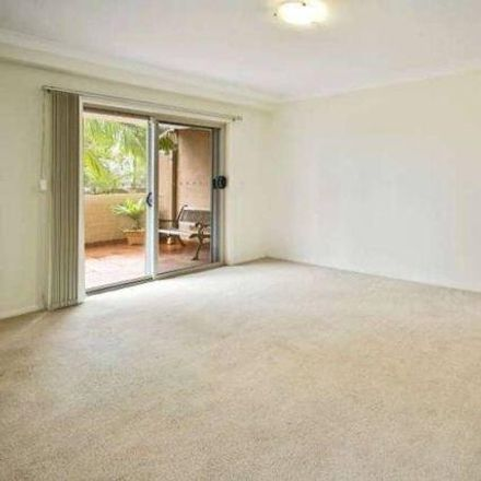 Rent this 2 bed apartment on 11/15 Governors Way
