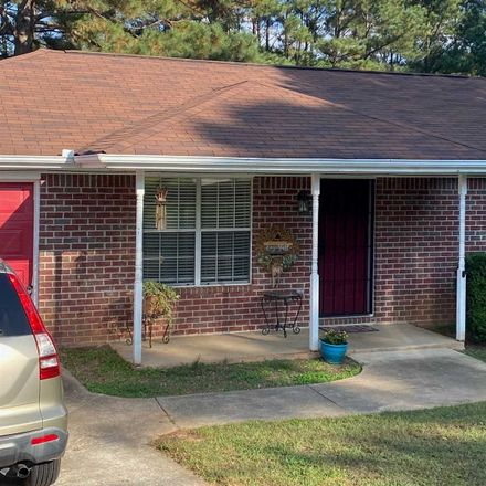 Rent this 3 bed house on 930 Steele Drive in Hampton, GA 30228
