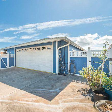 Rent this 3 bed house on 891 Hoomau Street in Wailuku, HI 96793