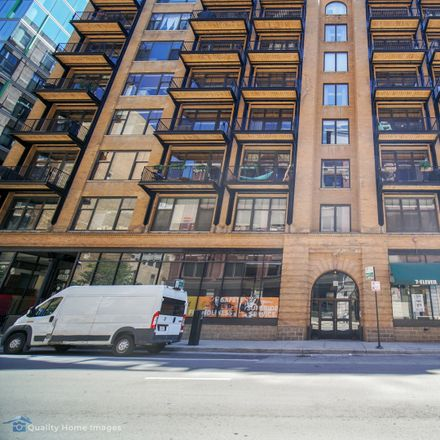 Rent this 1 bed loft on Capitol Hill Lofts in 625 West Jackson Boulevard, Chicago