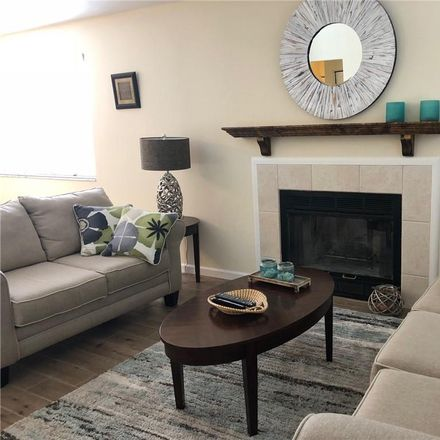 Rent this 2 bed condo on 59th Ave W in Bradenton, FL