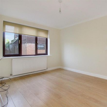 Rent this 4 bed house on Lower Meadow in Broxbourne EN8 0QU, United Kingdom