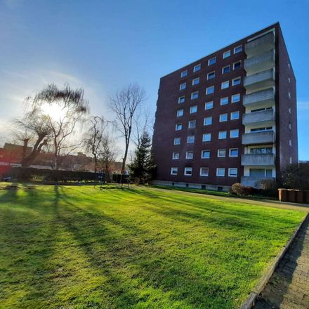 Rent this 3 bed apartment on Marcq-en-Baroeul-Straße 4a in 45966 Gladbeck, Germany