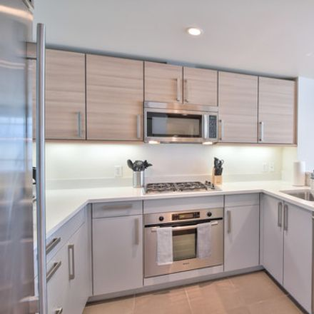 Rent this 2 bed apartment on The Palms in 555 4th Street, San Francisco