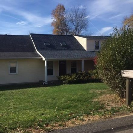 Rent this 3 bed house on Buss Rd in Aliquippa, PA