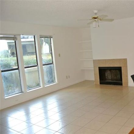 Rent this 1 bed condo on 9603 Walnut Street in Dallas, TX 75243