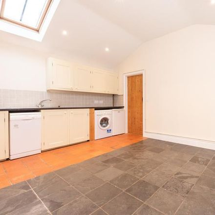 Rent this 2 bed house on North Side in Cherwell OX25 4SE, United Kingdom
