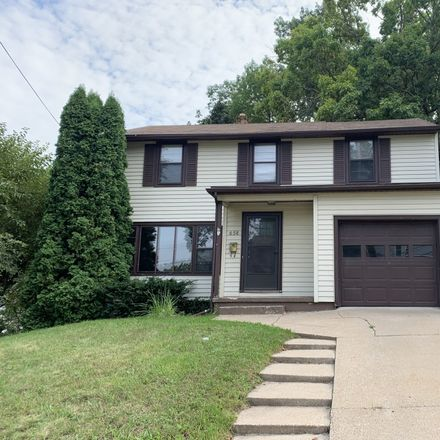Rent this 3 bed apartment on 632 Lydia Street Northeast in Grand Rapids, MI 49503