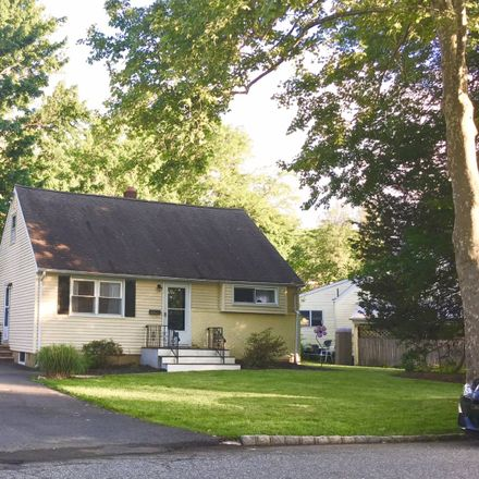 Rent this 4 bed house on 39 Wayne Boulevard in Madison, NJ 07940