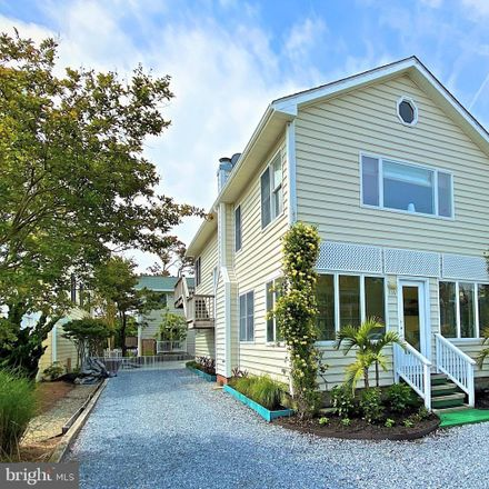 Rent this 7 bed house on 116 Hollywood Street in Bethany Beach, DE 19930