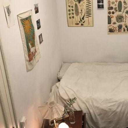 Rent this 5 bed room on Carrer de Martí in 08001 Barcelona, Spain