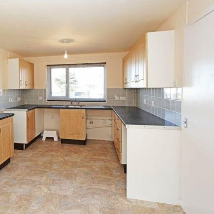 Rent this 3 bed house on Southgate in Madeley TF7 4HH, United Kingdom